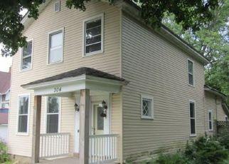Foreclosed Home en ALLEN ST, Clinton, WI - 53525