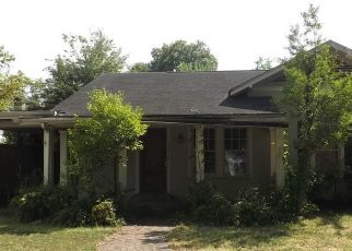 Foreclosed Home in SCHOOL ST, Clarksdale, MS - 38614