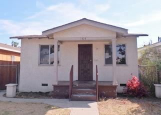 Foreclosed Home en W 58TH PL, Los Angeles, CA - 90047