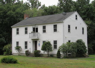 Foreclosed Home en IRONWORKS RD, Clinton, CT - 06413