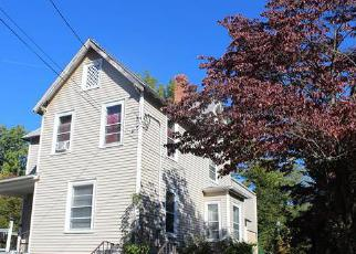 Foreclosed Home en HUBBARD ST, Bloomfield, CT - 06002