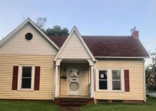 Foreclosed Home in GRACE AVE, Burlington, NC - 27217