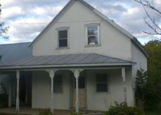 Foreclosed Home en FORGE ST, Altona, NY - 12910