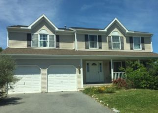 Foreclosed Home in LONGVIEW DR, Reading, PA - 19608