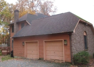 Foreclosed Home in N TANGLEWOOD DR, Gibbsboro, NJ - 08026