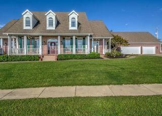 Foreclosed Home in ROANOKE RIDGE RD, Bartlesville, OK - 74006