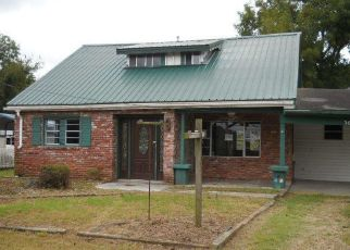 Foreclosed Home en MELTON DR, Pineville, MO - 64856