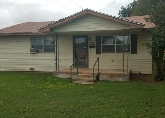 Foreclosed Home in W IOWA ST, Walters, OK - 73572