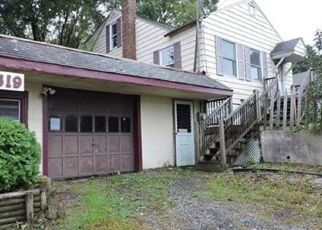Casa en ejecución hipotecaria in Jewett City, CT, 06351,  VOLUNTOWN RD ID: F4298316