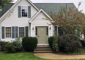 Foreclosure Home in Cumberland, RI, 02864,  DIAMOND HILL RD ID: F4298366