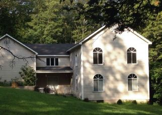 Foreclosed Home en MINE HILL RD, Cornwall, NY - 12518