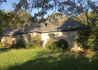 Foreclosed Home in FOREST HILL RD, Jackson, MS - 39212