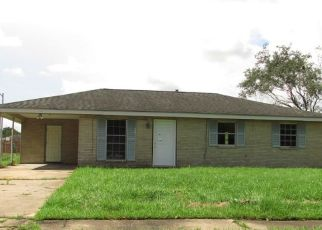 Foreclosed Home in KINGSRIDGE LOOP, Houma, LA - 70363