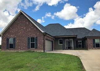 Foreclosed Home in REMINGTON RD, Lockport, LA - 70374