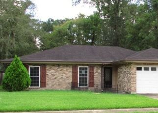 Foreclosed Home in NATALIE DR, Houma, LA - 70364