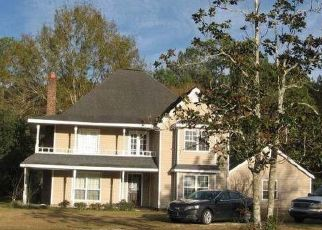 Foreclosed Home in S BEECH ST, Picayune, MS - 39466