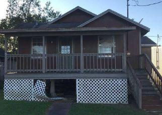 Foreclosed Home in CENAC ST, Houma, LA - 70364