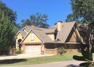 Foreclosed Home in DEBORAH ST, Ocean Springs, MS - 39564