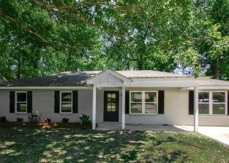 Foreclosed Home in CREIGHTON DR, Greenwell Springs, LA - 70739