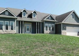Foreclosed Home in SE 23RD TER, Topeka, KS - 66605