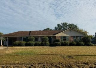 Foreclosed Home en CAMELLIA AVE, Marion, SC - 29571