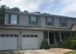 Foreclosed Home in LIGHTHOUSE DR, Manahawkin, NJ - 08050