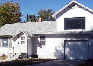 Foreclosed Home en E 25TH AVE, Torrington, WY - 82240