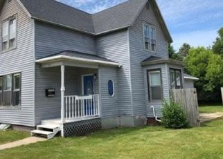 Foreclosed Home en 20TH ST, Two Rivers, WI - 54241