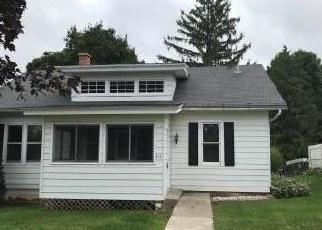 Foreclosed Home en N GROVE ST, Barneveld, WI - 53507