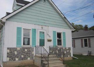 Foreclosure Home in Green Bay, WI, 54302,  E MASON ST ID: F4299290