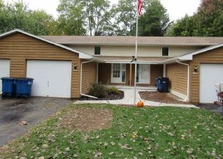 Foreclosed Home in S TIMBER TRL, Suamico, WI - 54173
