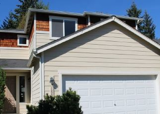 Foreclosed Home en 96TH AVENUE CT E, Puyallup, WA - 98375