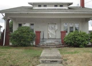 Foreclosed Home en S PUGET SOUND AVE, Tacoma, WA - 98409