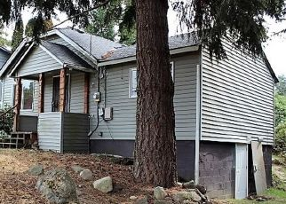 Foreclosed Home en SW 120TH ST, Seattle, WA - 98146