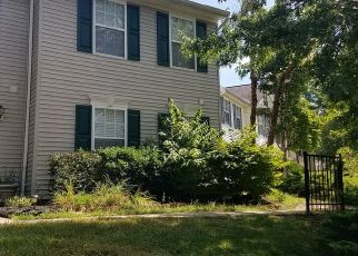 Foreclosed Home in RIVER BANK ST, Sterling, VA - 20165