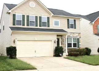 Foreclosed Home en BIRCH CLIFF DR, Fredericksburg, VA - 22407