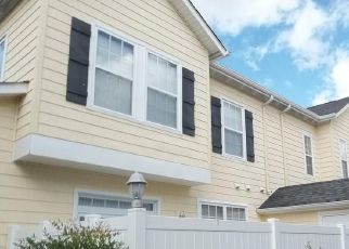 Foreclosed Home in GRACE HILL DR, Virginia Beach, VA - 23455