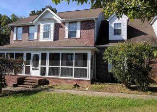 Foreclosed Home in CASTLEBURY DR, Jefferson City, TN - 37760