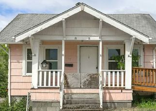 Foreclosed Home in S 4TH ST, Saint Helens, OR - 97051
