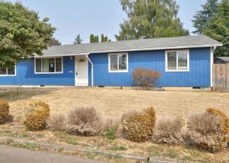 Foreclosed Home in NW 6TH AVE, Canby, OR - 97013