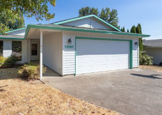 Foreclosed Home in SE FALBROOK DR, Clackamas, OR - 97015