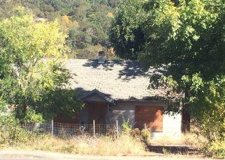 Foreclosed Home in NE STEPHENS ST, Roseburg, OR - 97470
