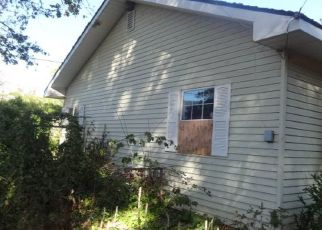 Foreclosed Home in GLENBROOK LOOP RD, Riddle, OR - 97469