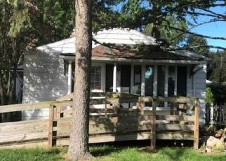 Foreclosed Home en W BANCROFT ST, Toledo, OH - 43615