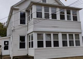 Foreclosed Home en BELLVIEW ST, Wickliffe, OH - 44092