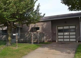 Foreclosed Home in 17TH ST SW, Canton, OH - 44706