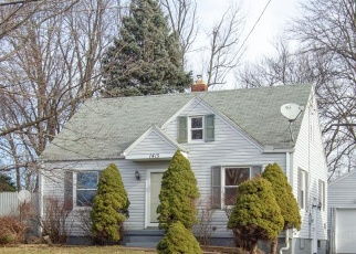 Foreclosed Home en LEONORA AVE, Akron, OH - 44305