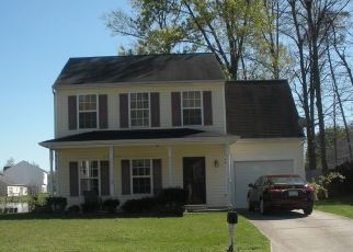 Foreclosed Home in NESTLEWAY DR, Greensboro, NC - 27406