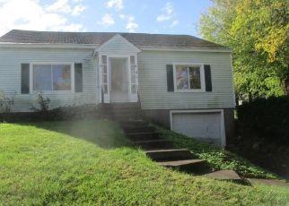 Foreclosed Home en NIAGARA ST, Oswego, NY - 13126