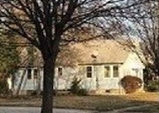 Foreclosed Home en EVANS AVE, Freeport, NY - 11520